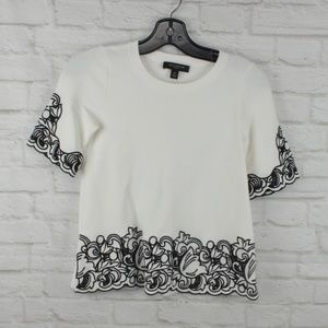 $10 Deal! Ann Taylor - Embroidered T
